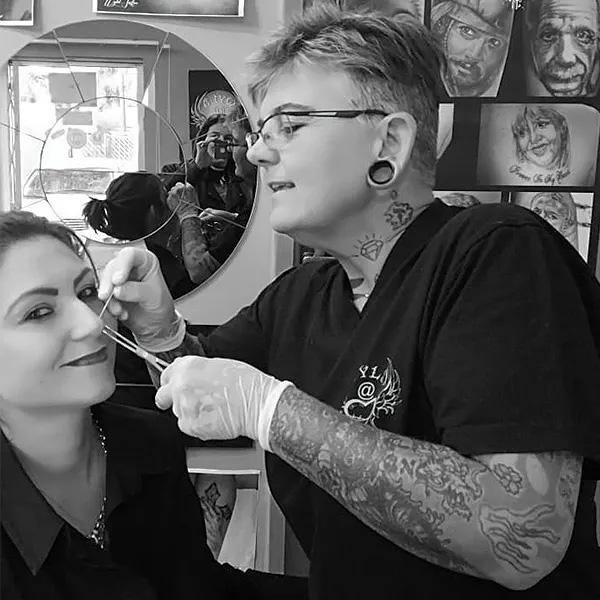 Canvas-Cultique-Education-nose-piercing